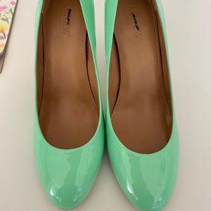 J. Crew mint green patent heels 6.5